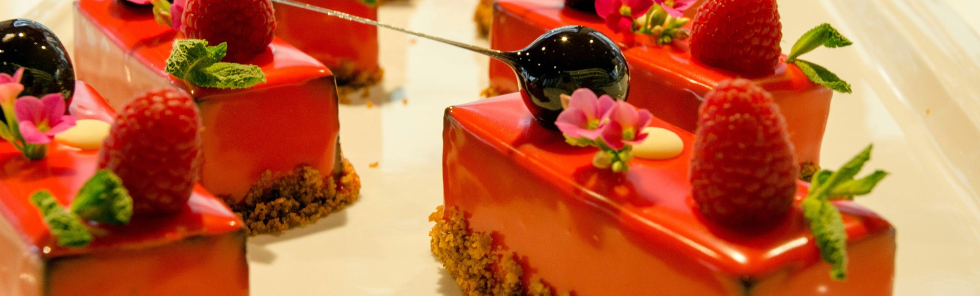 caraive-pave-chocoloate-mousse-with-raspberries-and-crispy-praline-base - Alargo Private Chef Services | Corfu Island - Greece