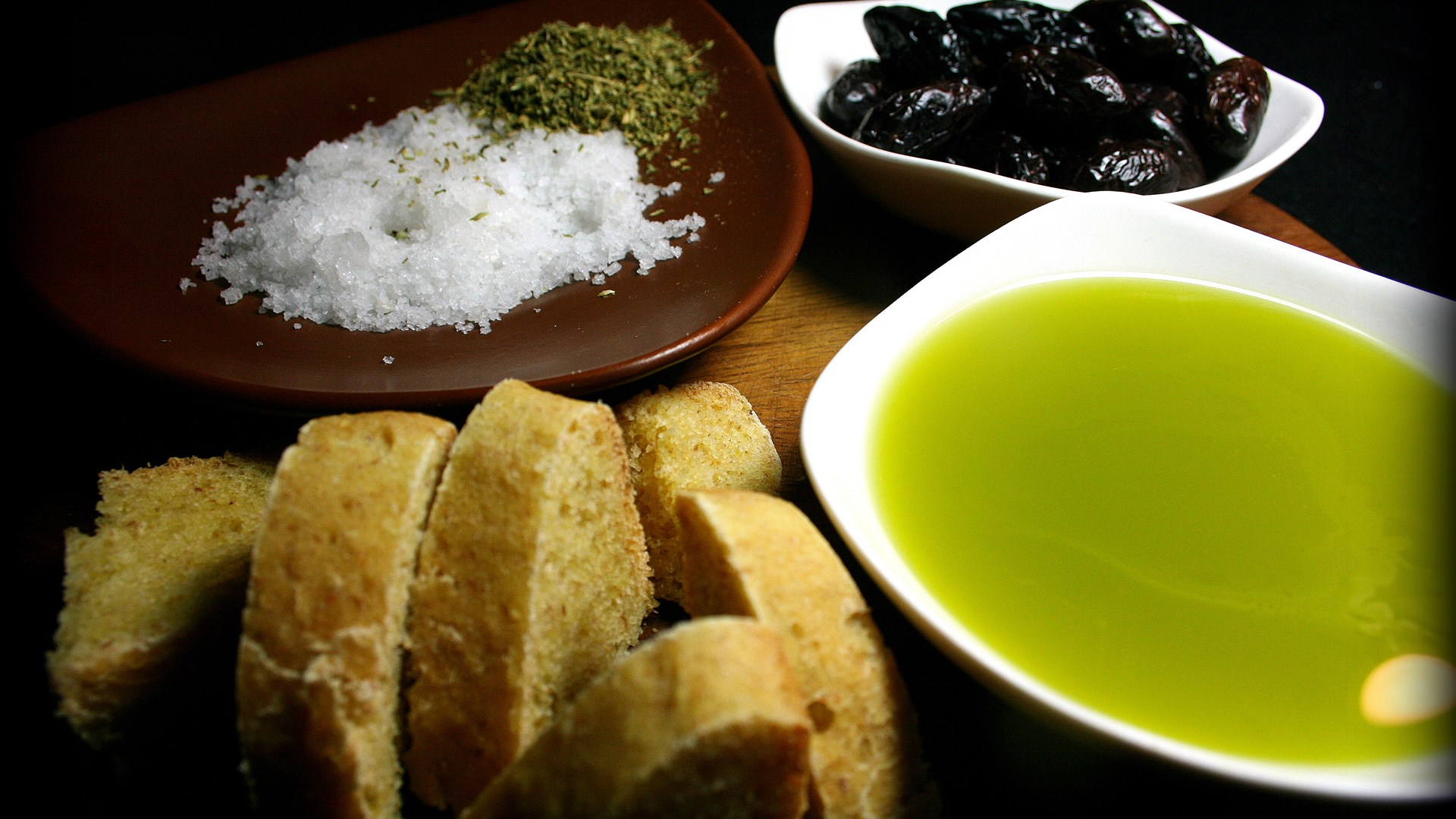 Olives & Olive Oil, Crete's Greatest Gift | 20 Nov 2016 | Alargo