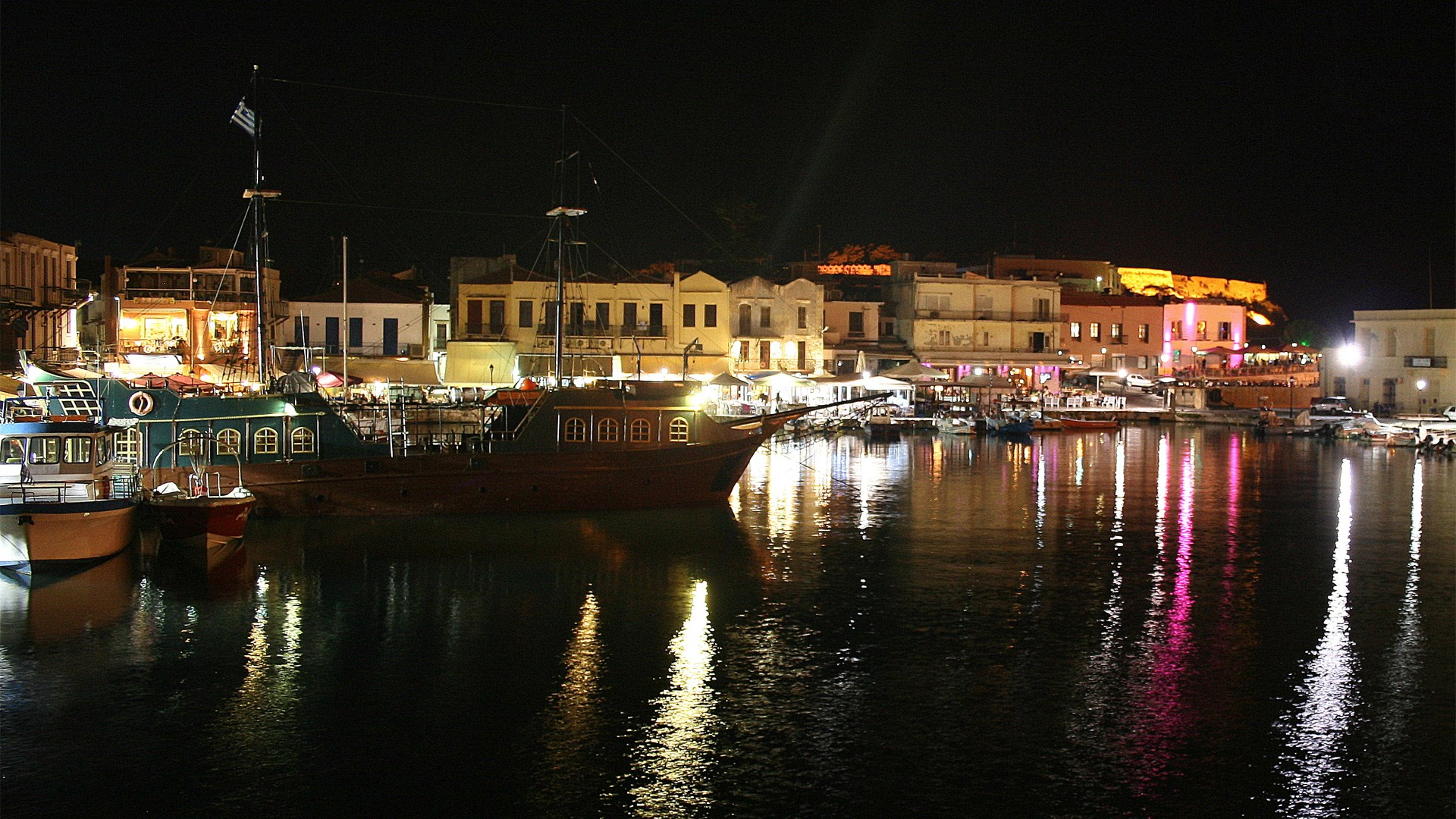 Rethymno Port, Crete | 17 Oct 2015  | Alargo
