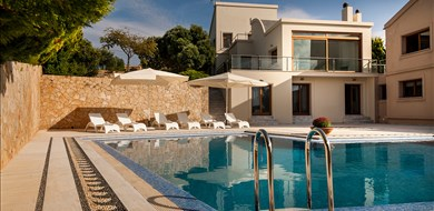 Last Minute Special Offer for August & September - Villas with Pools in Crete, Corfu & Paros | Handpicked by Alargo