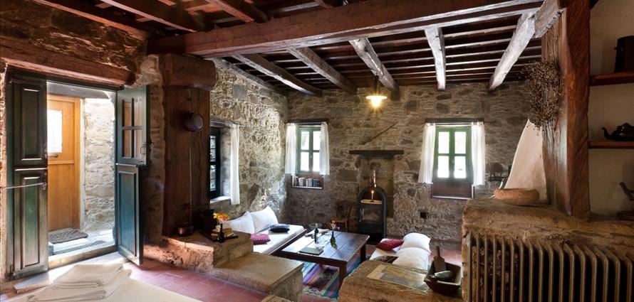 milia-suite-room-1-milia-kissamos-chania-1 - Villas with Pools in Crete, Corfu & Paros   Handpicked by Alargo