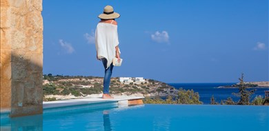 olea-villa-1-loutraki-akrotiri-chania-1 - Villas with Pools in Crete, Corfu & Paros | Handpicked by Alargo