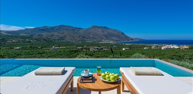 Charisma Villa - Villas with Pools in Crete, Corfu & Paros | Handpicked by Alargo