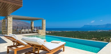 plethora-villa-agios-georgios-kissamos-chania-1 - Villas with Pools in Crete, Corfu & Paros | Handpicked by Alargo
