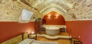 Tholos Superior Suite - Villas with Pools in Crete, Corfu & Paros | Handpicked by Alargo