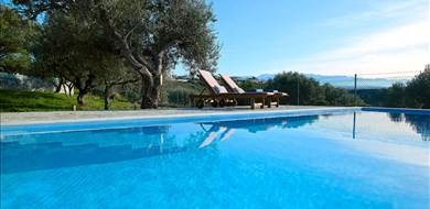 Fortino Grove House  - Villas with Pools in Crete, Corfu & Paros | Handpicked by Alargo