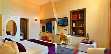 superior-double-alcanea-room-iv-old-town-chania-crete-1 - Villas with Pools in Crete, Corfu & Paros | Handpicked by Alargo