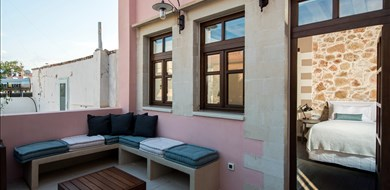 superior-suite-with-terrace-serenissima-hotel-old-town-chania-crete-1 - Villas with Pools in Crete, Corfu & Paros | Handpicked by Alargo