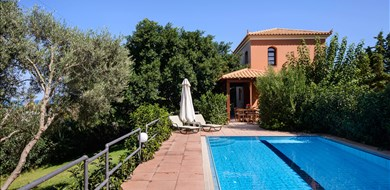 Argo Villa - Villas with Pools in Crete, Corfu & Paros | Handpicked by Alargo