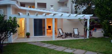 Kalamaki Bungalow - Villas with Pools in Crete, Corfu & Paros | Handpicked by Alargo