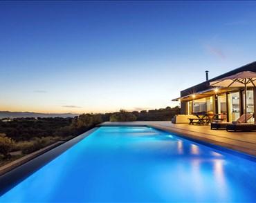 Ikia Villa - Villas with Pools in Crete, Corfu & Paros | Handpicked by Alargo