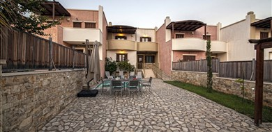 La Pellegrina Pearl Villa - Villas with Pools in Crete, Corfu & Paros | Handpicked by Alargo