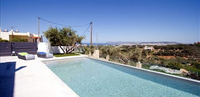 Andreas Villa - Villas with Pools in Crete, Corfu & Paros | Handpicked by Alargo