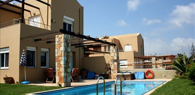 Maleme Beach Villa - Villas with Pools in Crete, Corfu & Paros | Handpicked by Alargo