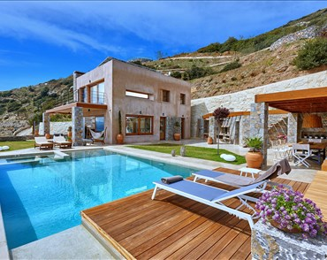 Villa Octo  - Villas with Pools in Crete, Corfu & Paros | Handpicked by Alargo
