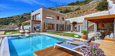 Villa Octo  - Villas with Pools in Crete, Corfu & Paros | Handpicked by Alargo