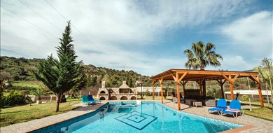 Mirsini Villa - Villas with Pools in Crete, Corfu & Paros | Handpicked by Alargo