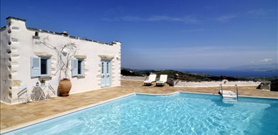 lefkes-villa-exterior-and-pool-area-paros-island-4 - Villas with Pools in Crete, Corfu & Paros | Handpicked by Alargo