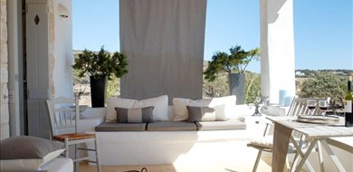 Coast on the beach Villa - Villas with Pools in Crete, Corfu & Paros | Handpicked by Alargo