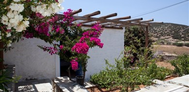 Ilios Villa - Villas with Pools in Crete, Corfu & Paros | Handpicked by Alargo
