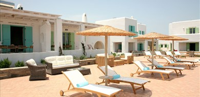 pon-villa-naoussa-paros-cyclades-islands-1 - Villas with Pools in Crete, Corfu & Paros | Handpicked by Alargo