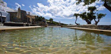Paros Butterfly Villa-Studio 8 - Villas with Pools in Crete, Corfu & Paros | Handpicked by Alargo