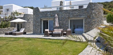 Paros Butterfly Villa-Studio 9 - Villas with Pools in Crete, Corfu & Paros | Handpicked by Alargo