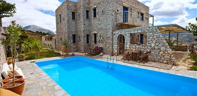 Petritis Villa - Villas with Pools in Crete, Corfu & Paros | Handpicked by Alargo