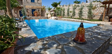 Rozare Villa - Villas with Pools in Crete, Corfu & Paros | Handpicked by Alargo