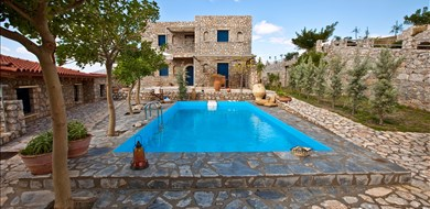 Zygardele Apartment - Villas with Pools in Crete, Corfu & Paros | Handpicked by Alargo