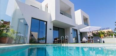 Stadis Villa - Villas with Pools in Crete, Corfu & Paros | Handpicked by Alargo
