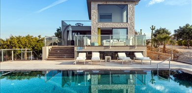 Sea View Villas  - Villas with Pools in Crete, Corfu & Paros | Handpicked by Alargo