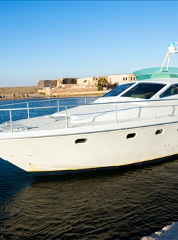 Ferretti Altura 50F - Villas with Pools in Crete, Corfu & Paros | Handpicked by Alargo