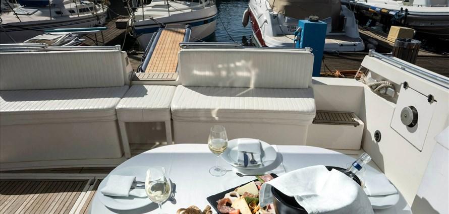 Ferretti Altura 50F - Villas with Pools in Crete, Corfu & Paros | Handpicked by Alargo