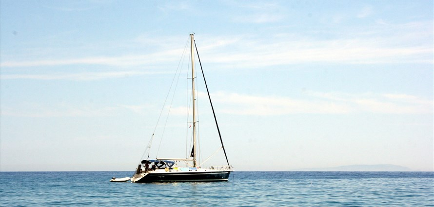Custom Cruises - Villas with Pools in Crete, Corfu & Paros | Handpicked by Alargo