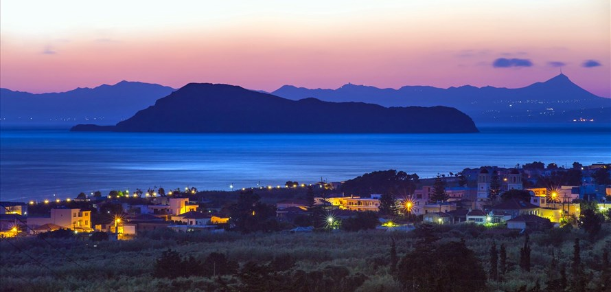 islet-of-thodorou-chania-crete-26-sep-2014-1-general-fullscreen - Villas with Pools in Crete, Corfu & Paros | Handpicked by Alargo