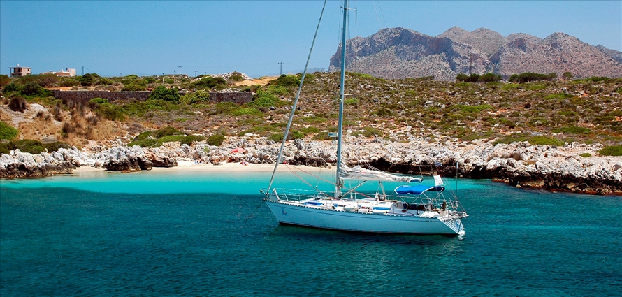 daily-cruise-dromor-old-town-chania-crete-1 - Villas with Pools in Crete, Corfu & Paros | Handpicked by Alargo
