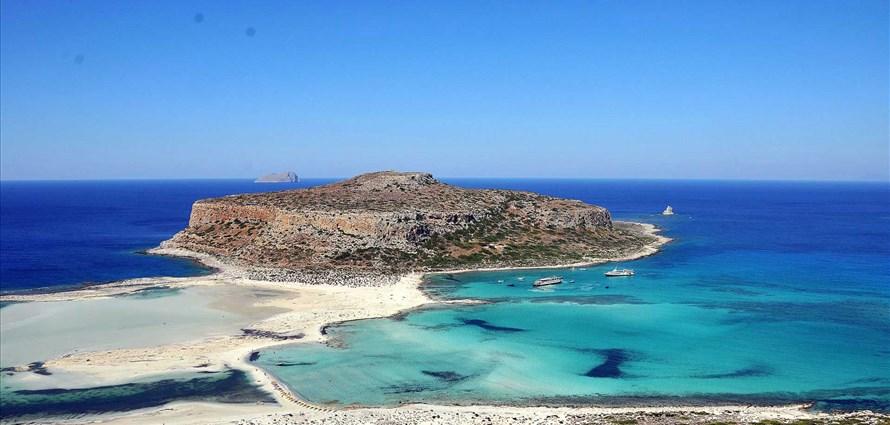 chania-gramvousa-balos-diktina-thodorou-ferretti-altura-50f-chania-crete-greece-1 - Villas with Pools in Crete, Corfu & Paros | Handpicked by Alargo
